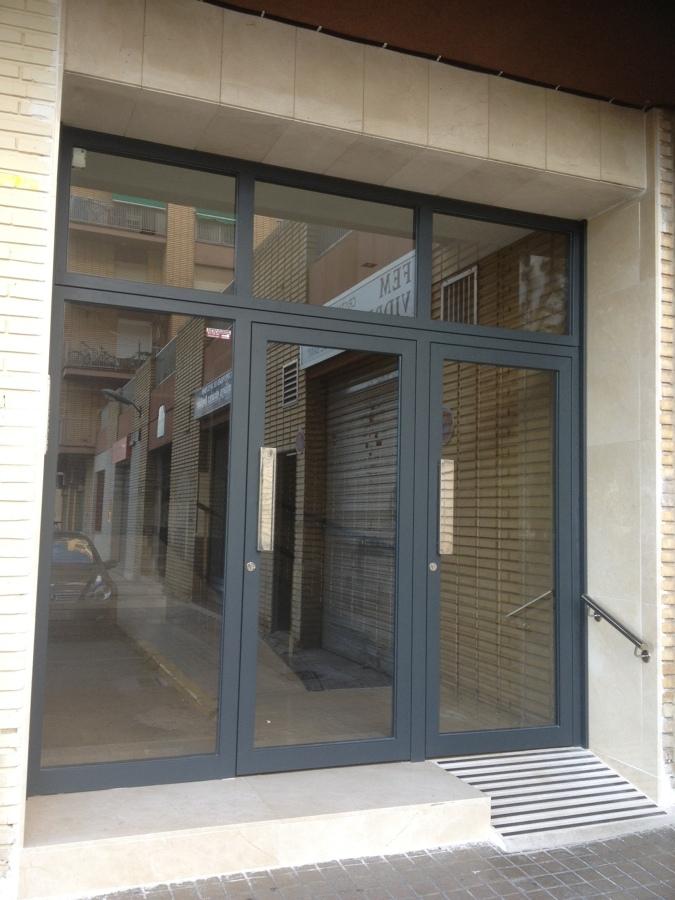 Foto puerta de patio valencia de fem vidre 926734 for Puertas para patio exterior