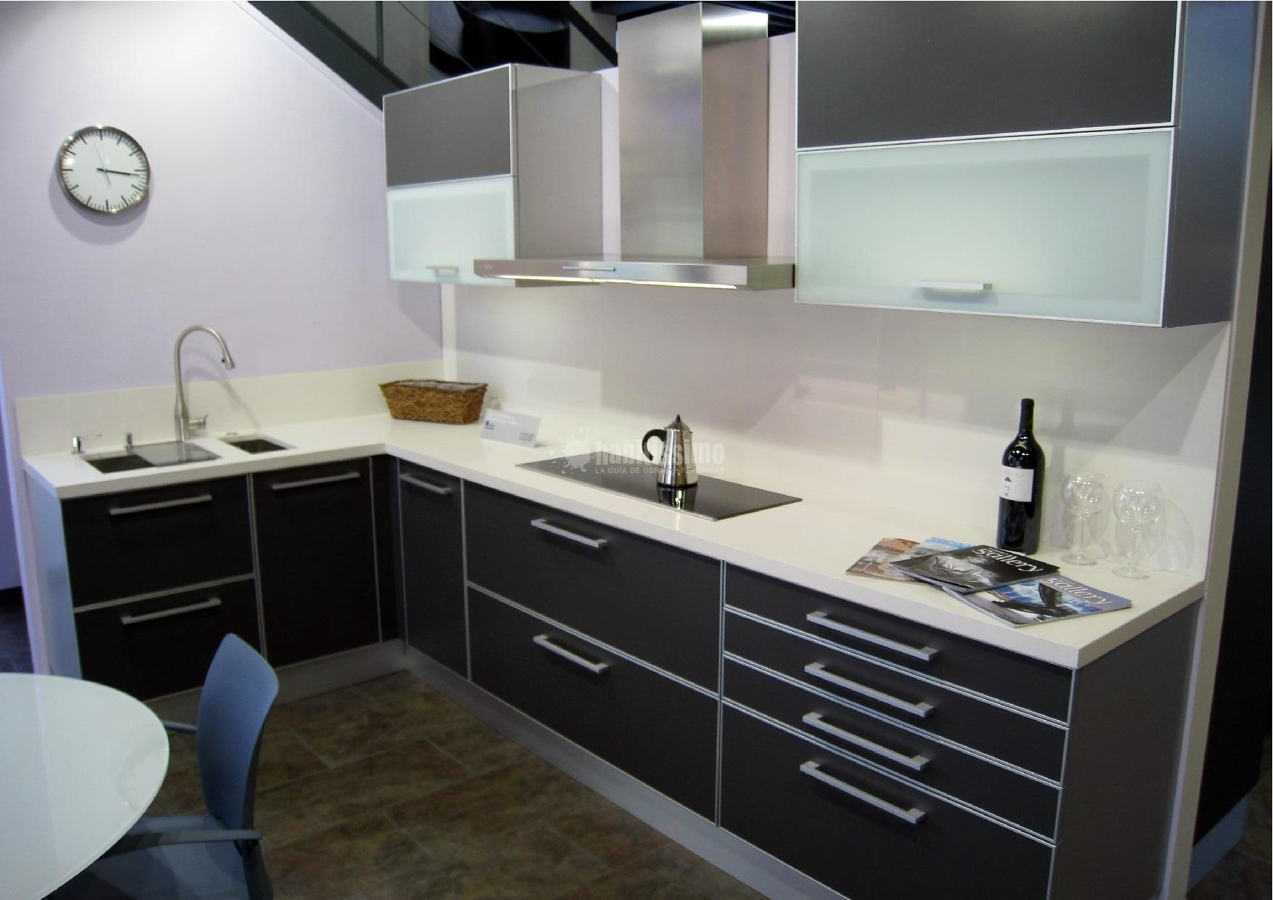 Foto reforma de aquaminis reformas 100694 habitissimo - Alicatados para cocinas ...