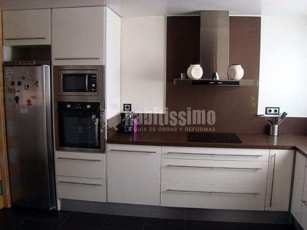 Foto mueble cocina lacado en blanco de neofusta 95937 - Mueble cocina blanco ...