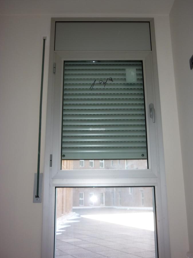 Foto cerramientos persianas carpinter a aluminio de - Detalle carpinteria aluminio ...
