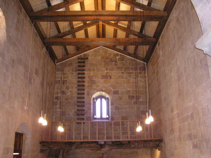 Restauración Iglesia Románica.