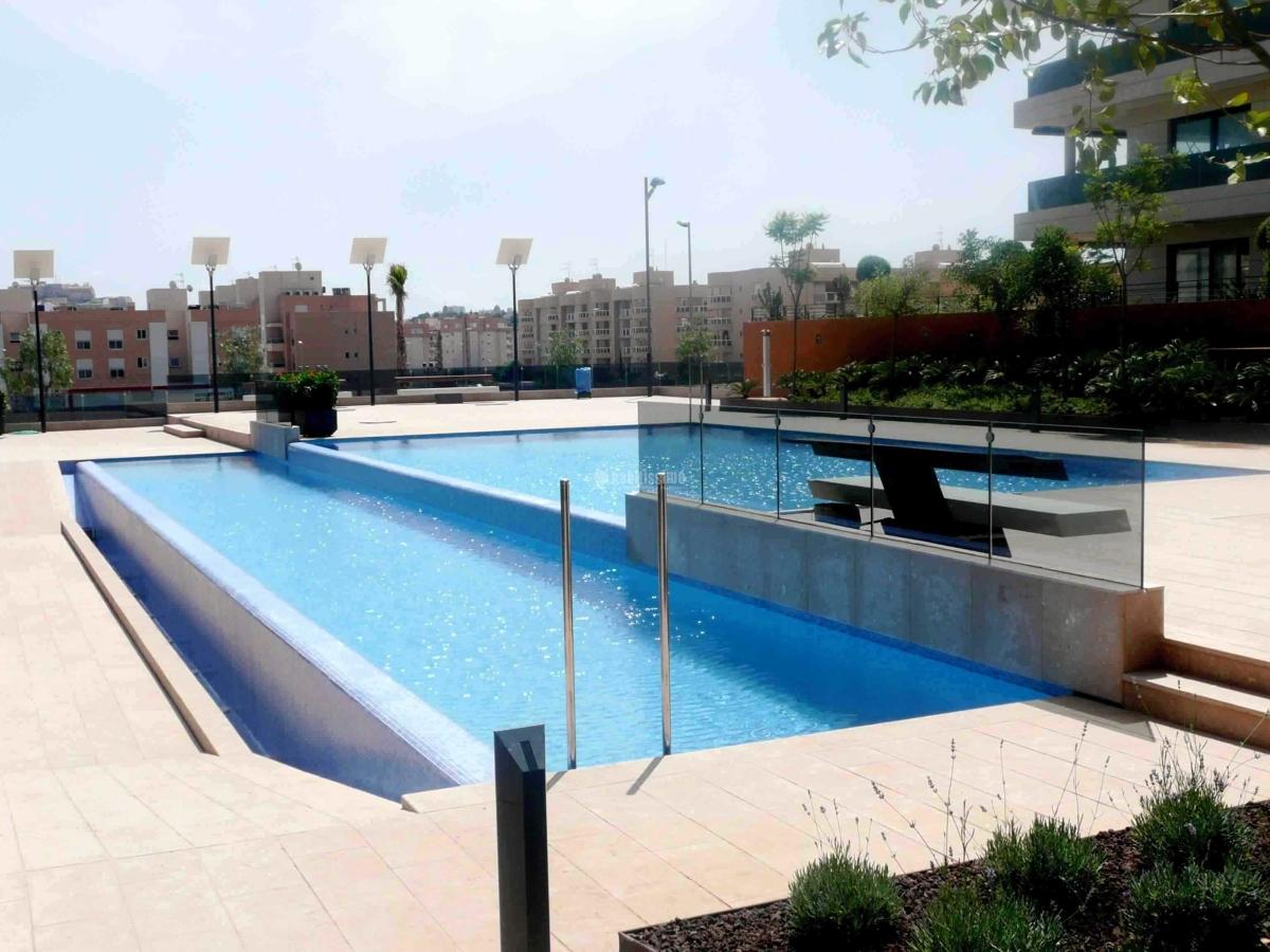 Foto construcci n piscinas construcciones reformas for Construccion piscinas