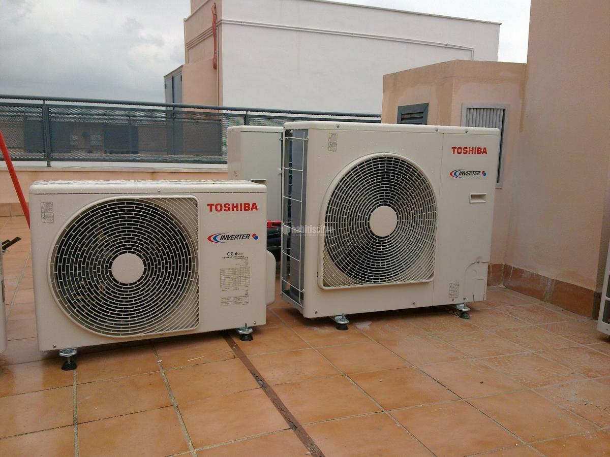 Foto aire acondicionado climatizadores de rafael ram rez for Piscina ramirez granada