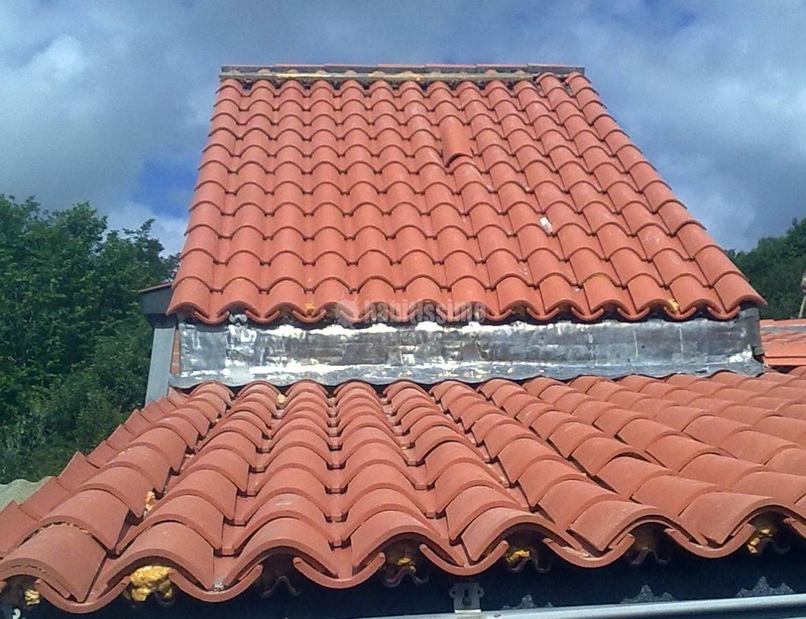 Foto rehabilitaci n fachadas fachadas tejados de for Tejados y fachadas vizcaya