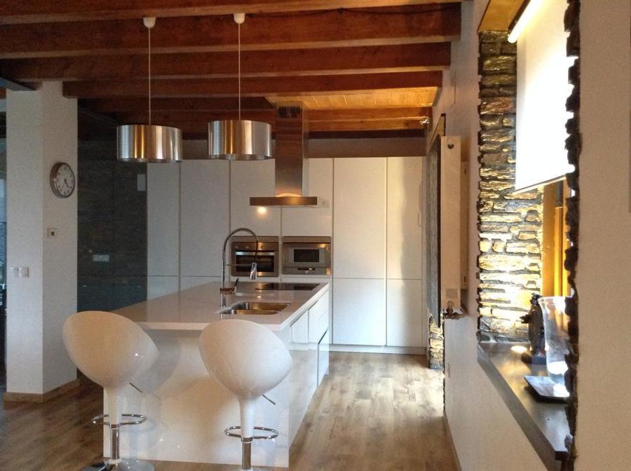 Foto cocina de empresa constructora castet sanchez s l for Muebles sanchez zaragoza