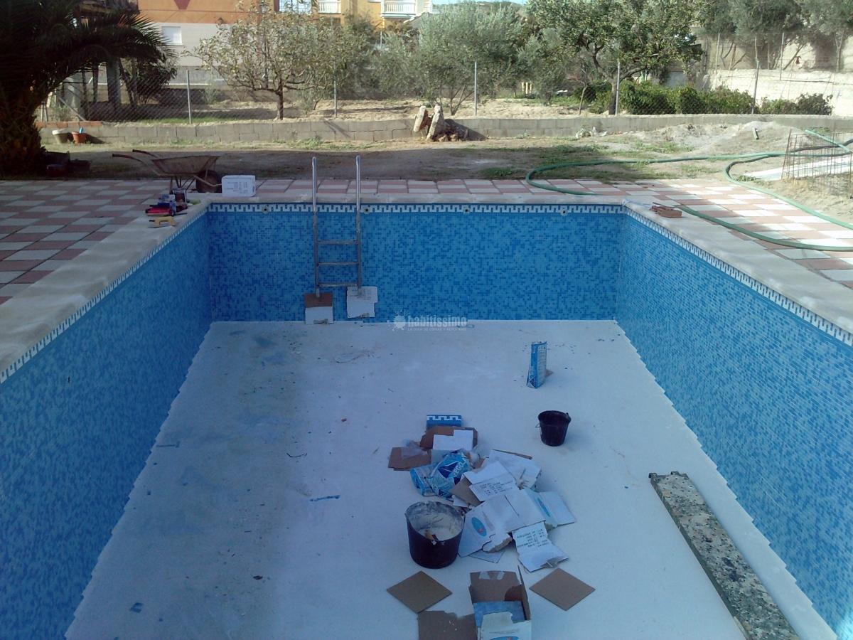 Foto decoradores reformas piscinas alicatado piscinas - Decoradores en granada ...