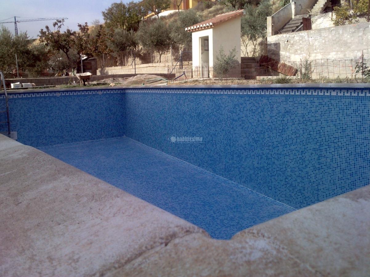 Foto decoradores alicatado piscinas mantenimiento de - Decoradores en granada ...