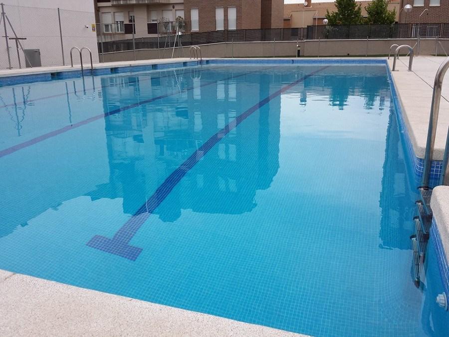 Foto mantenimiento de piscinas de argaservices 1022953 for Mantenimiento de piscinas