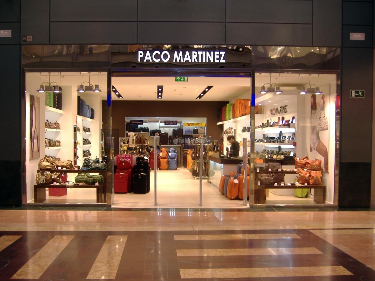 Foto reformas locales comerciales mobiliario comercial for Reformas integrales locales comerciales