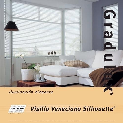 Foto cortinas sof s tapicer a de equis decoraci n for Sofas baratos en burgos