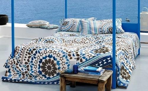 Foto cortinas sof s alfombras de equis decoraci n for Sofas baratos en burgos