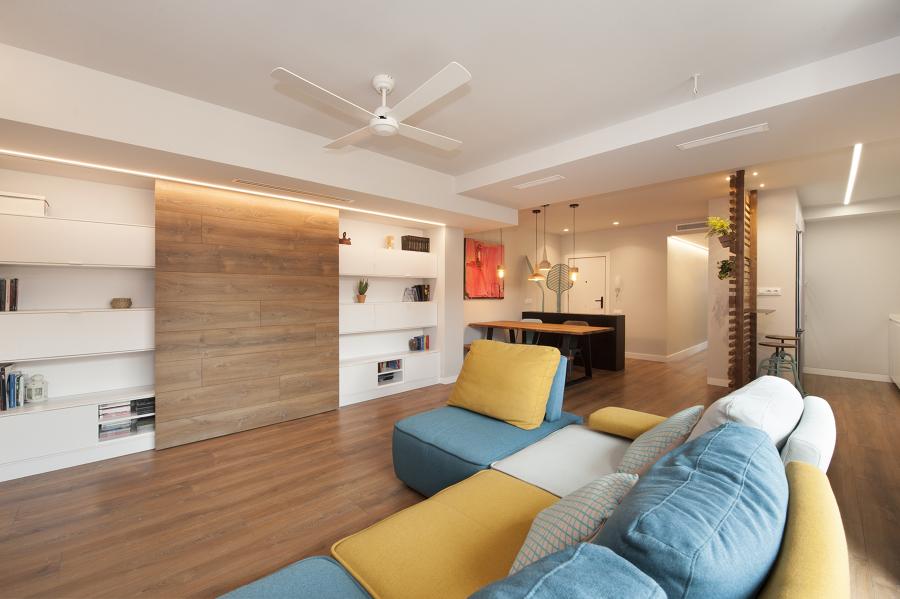 Salón con sofá modular