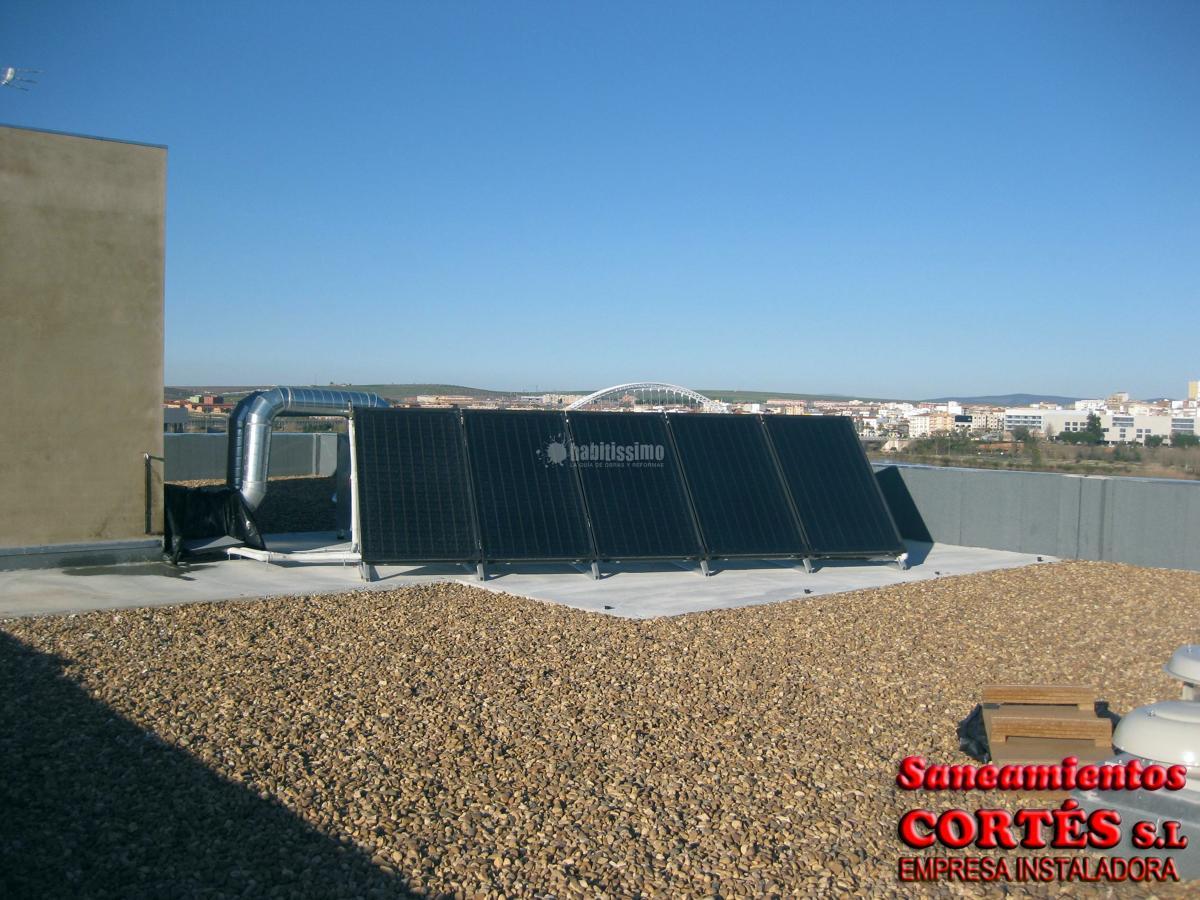 Foto aire acondicionado gas calefacci n de saneamientos for Saneamientos zaragoza