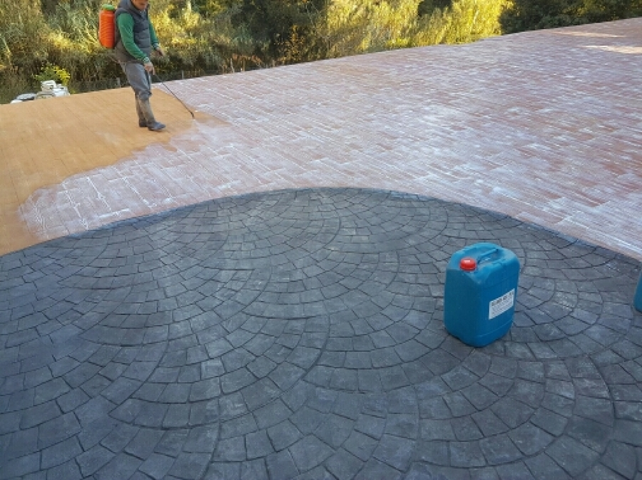 Foto todos los colores de pavimento de hormigon impreso for Pavimento de hormigon tarragona