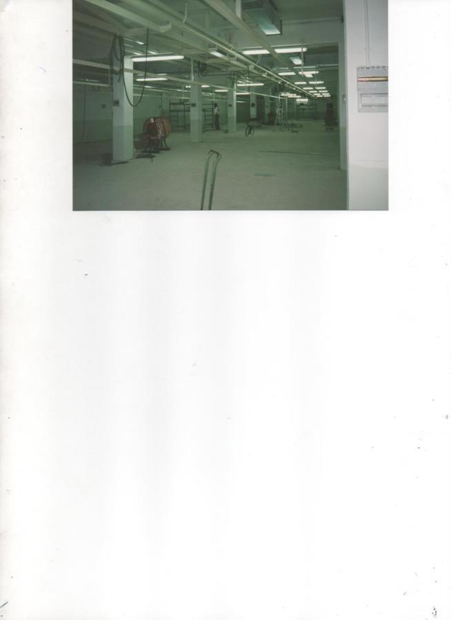 Instalacion de alumbrado para naves industriales