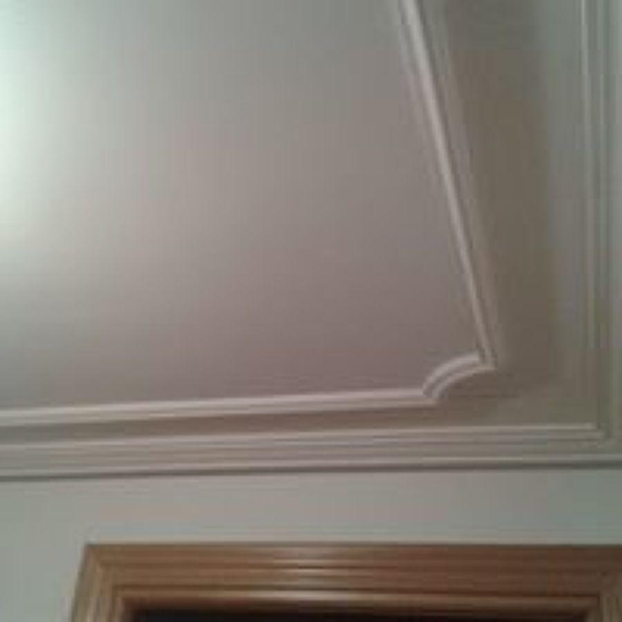 Foto friso techo y moldura de colocar escayola 1431965 - Molduras techo ...