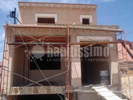 Construcción Casas, Reformas Hoteles, Carpintería Aluminio