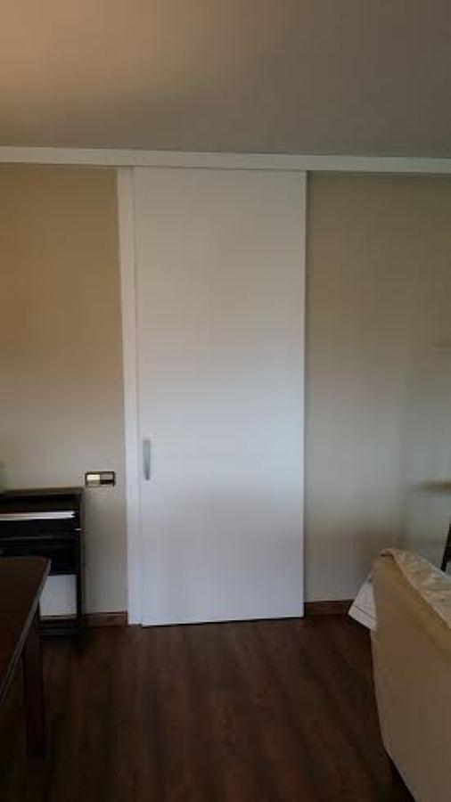 Foto puerta corredera a medida de fusteria j gallostra - Medidas puerta corredera ...