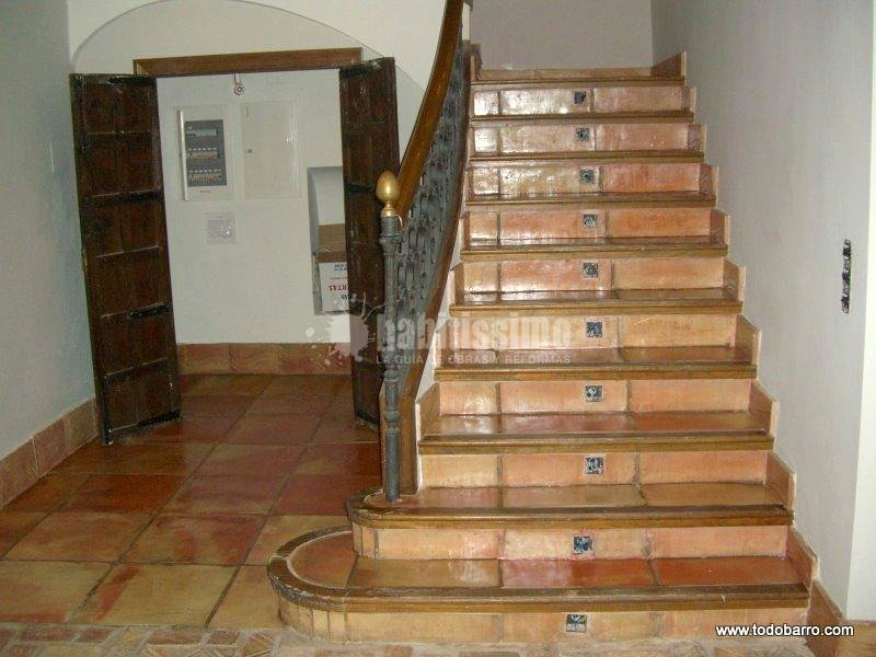 Revestimientos, Restauración, Pavimentos Cerámicos