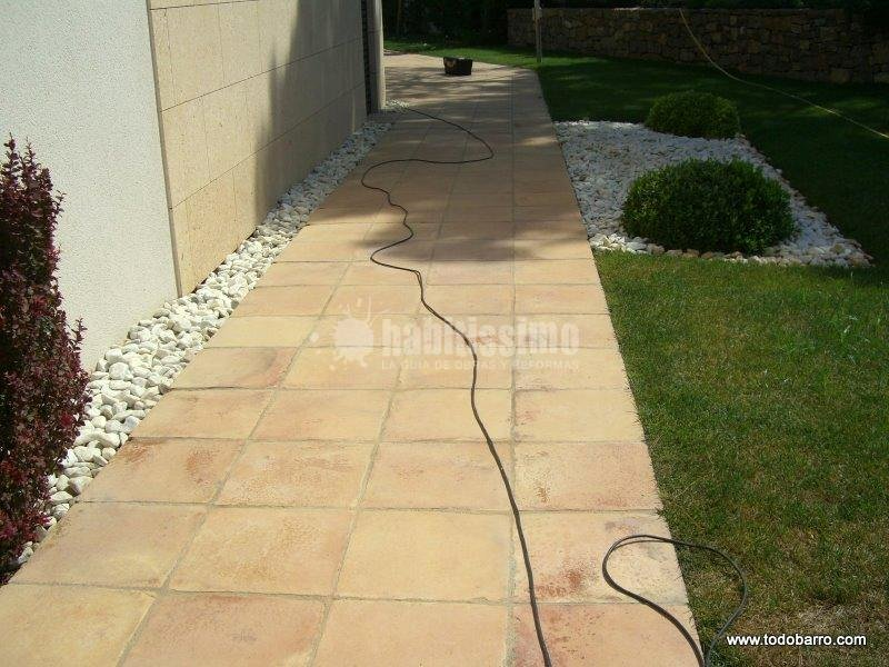 Foto revestimientos tratamiento piedra natural suelos - Suelo piedra natural ...