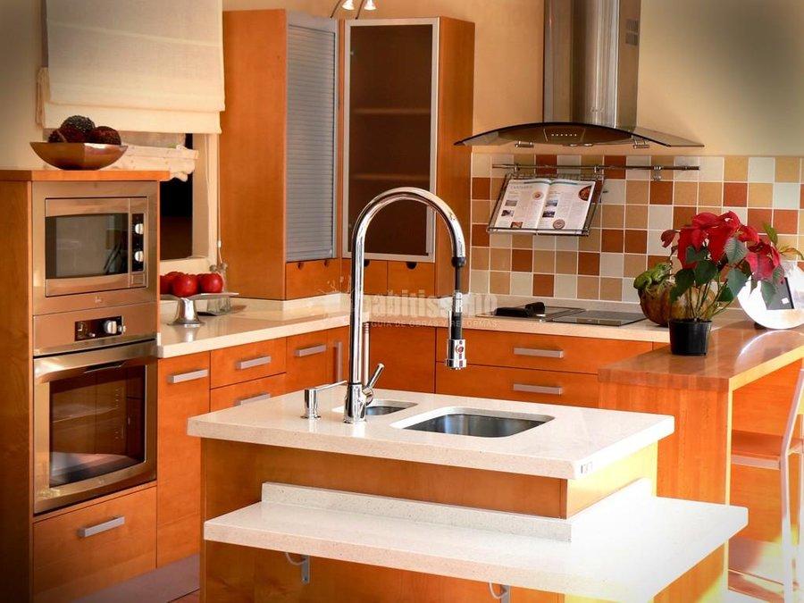 Foto muebles cocina armarios medida reformas ba os de for Muebles de cocina zamora