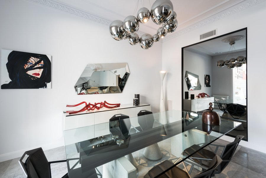 Comedor con mobiliario vanguardista | Sincro
