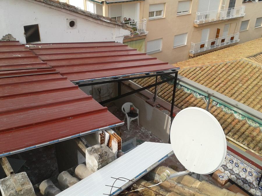 Foto techo granada de jr reformas 895510 habitissimo for Jr piscina granada