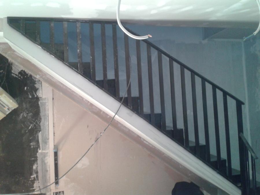 Foto escalera cafeteria granada de jr reformas 895486 for Jr piscina granada