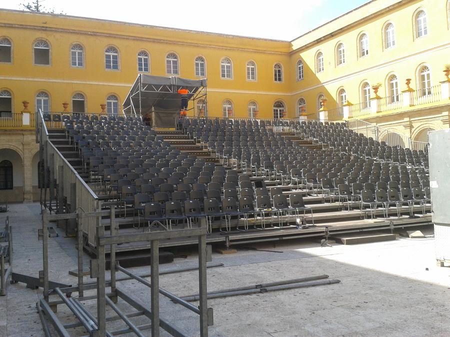 Grada para evento militar, San Fernando