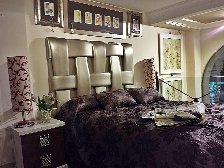 Dormitorio roble.