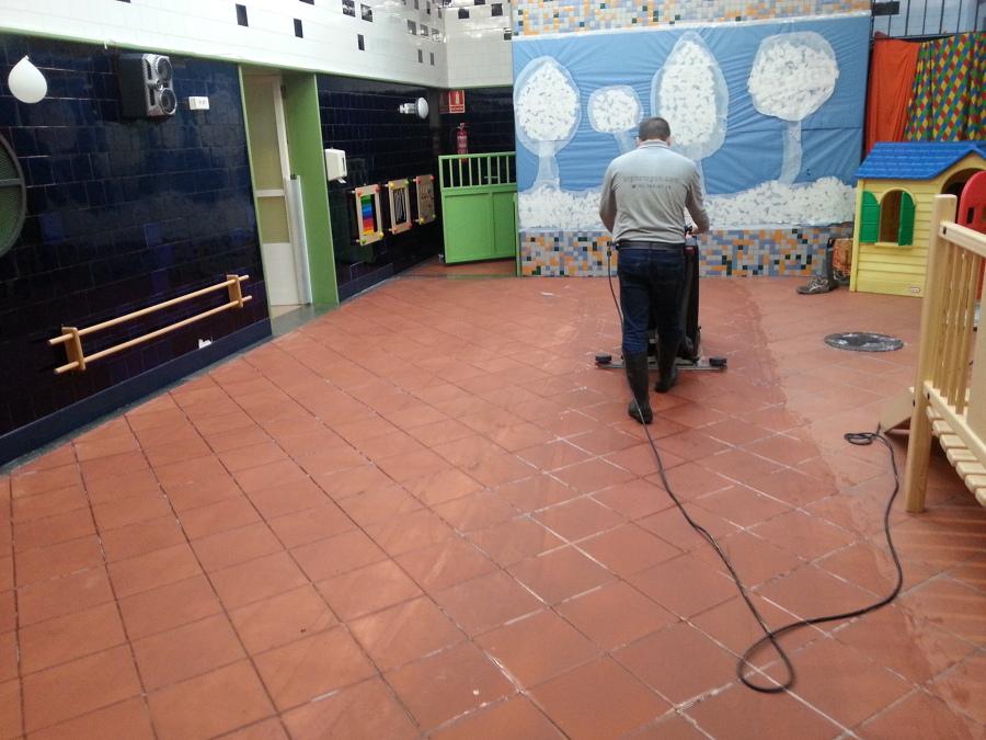 Limpieza y mantenimiento de centros escolares
