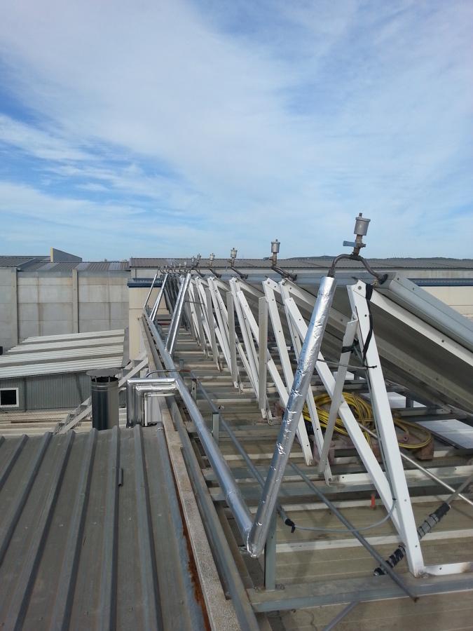 Foto placas solares de ljv muntatges i instal lacions for Placas solares barcelona