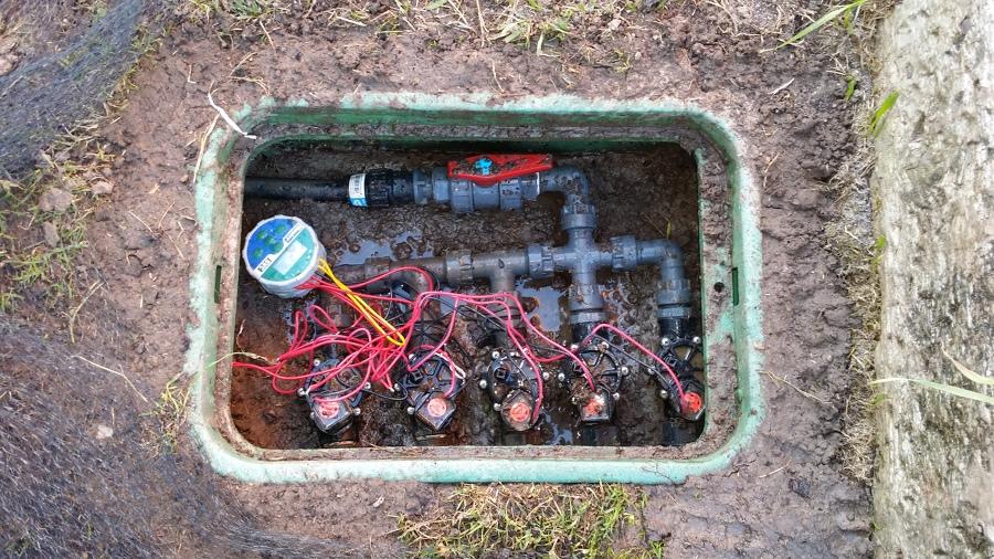 Foto arqueta riego automatico de juanclar 1371871 Trabajo jardinero girona