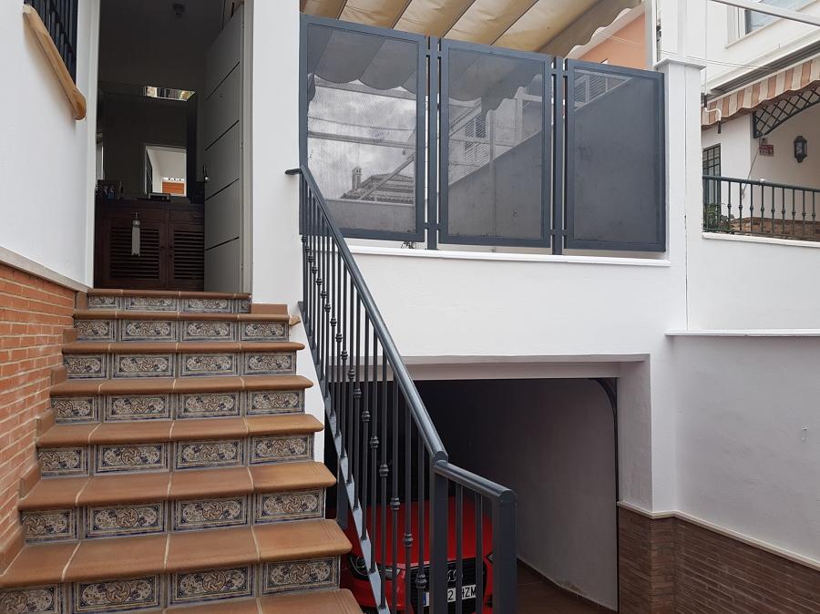 Cambio de contraste en balcón y cambio color rejas.