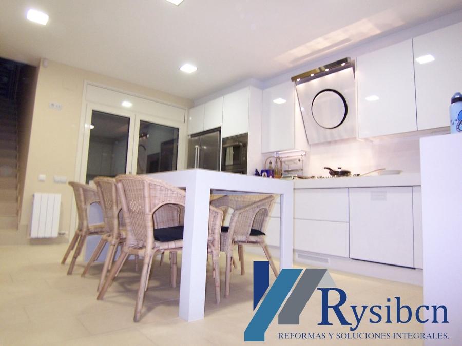 Reforma de Cocina, para mas informacion Visita www.rysibcn.com