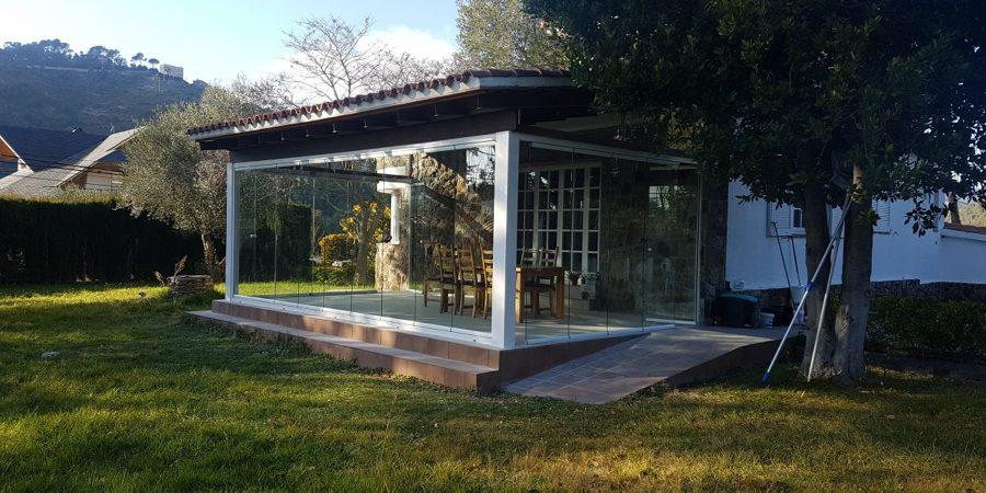 Cortina de Cristal + Carpinteria de Aluminio