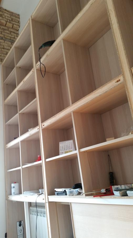 Libreria con escalera