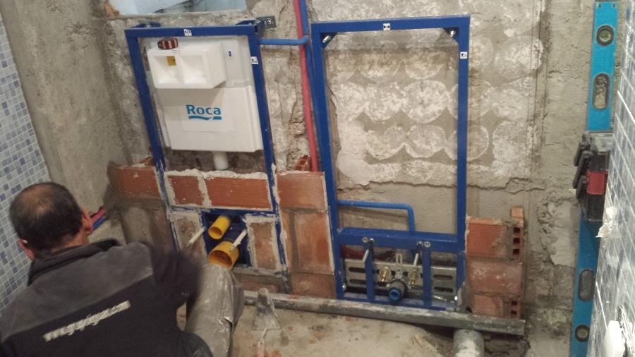 Instalación De WC Y Bidet Suspendido Modelo Victoria De Roca