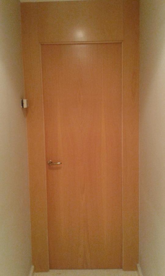 puerta barnizada