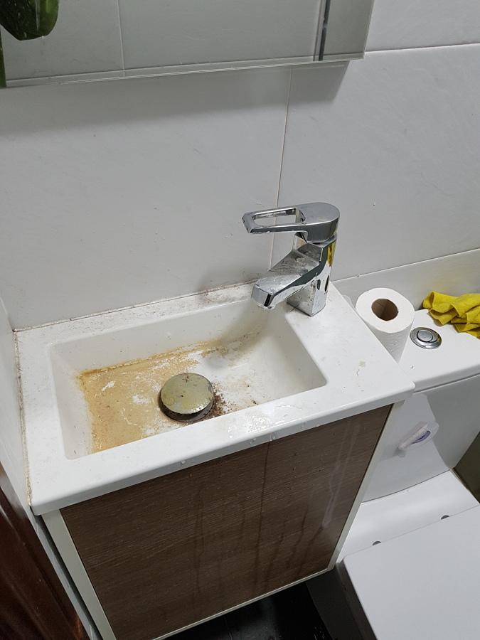 Limpieza baños.