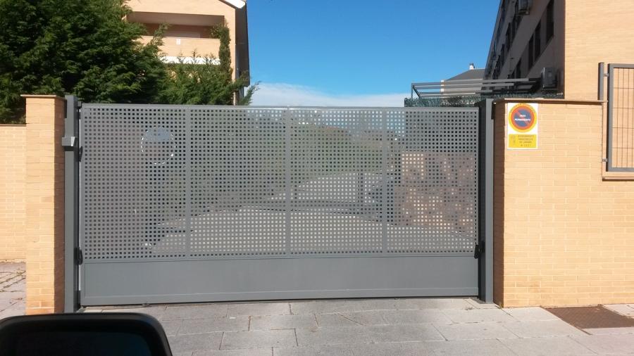Montaje de puerta