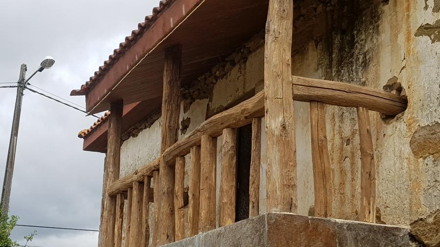 Balcón Rústico