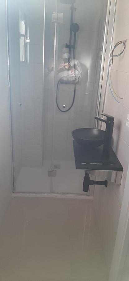 Pequeño baño bien aprovechado