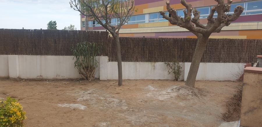 Acondicionar terreno en jardin con nuevo pavimento