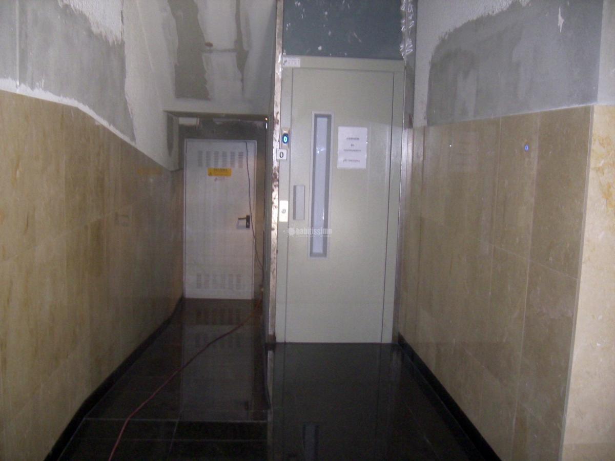 Foto ascensores reforma construcciones reformas de - Zarosan construcciones y reformas sl ...
