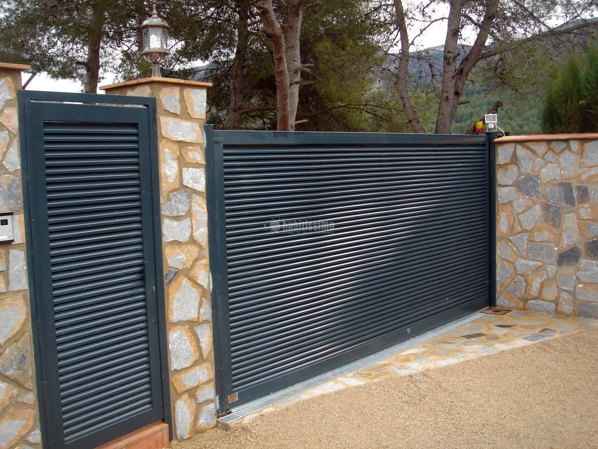 Puertas metalicas jardin affordable puertas metalicas - Puertas metalicas jardin ...