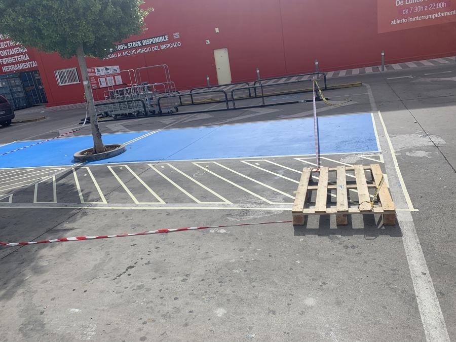Plazas de minusválidos para Brico depot