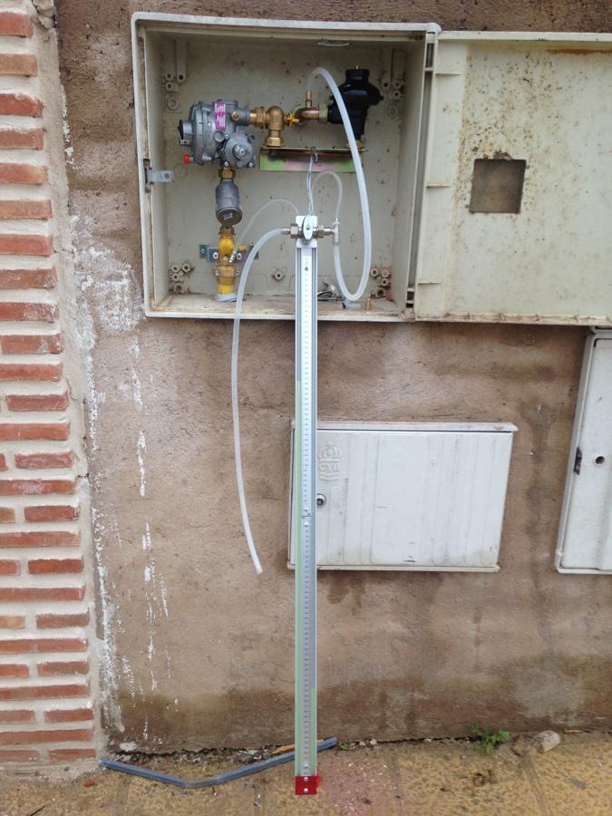 Probando instalación de gas enterrado con columna