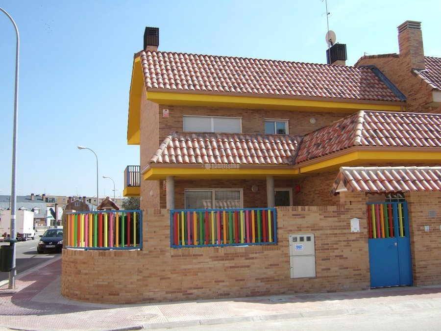 Construcción Casas, Reformas Naves Industriales, Restauración Edificios