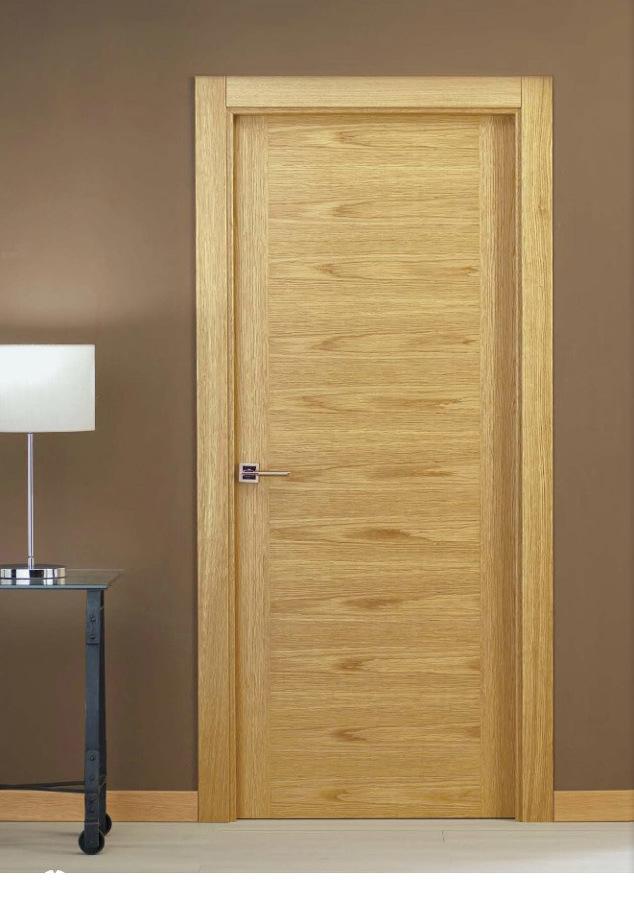 Puerta lisa madera.